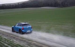 Mini at speed on dirt-track